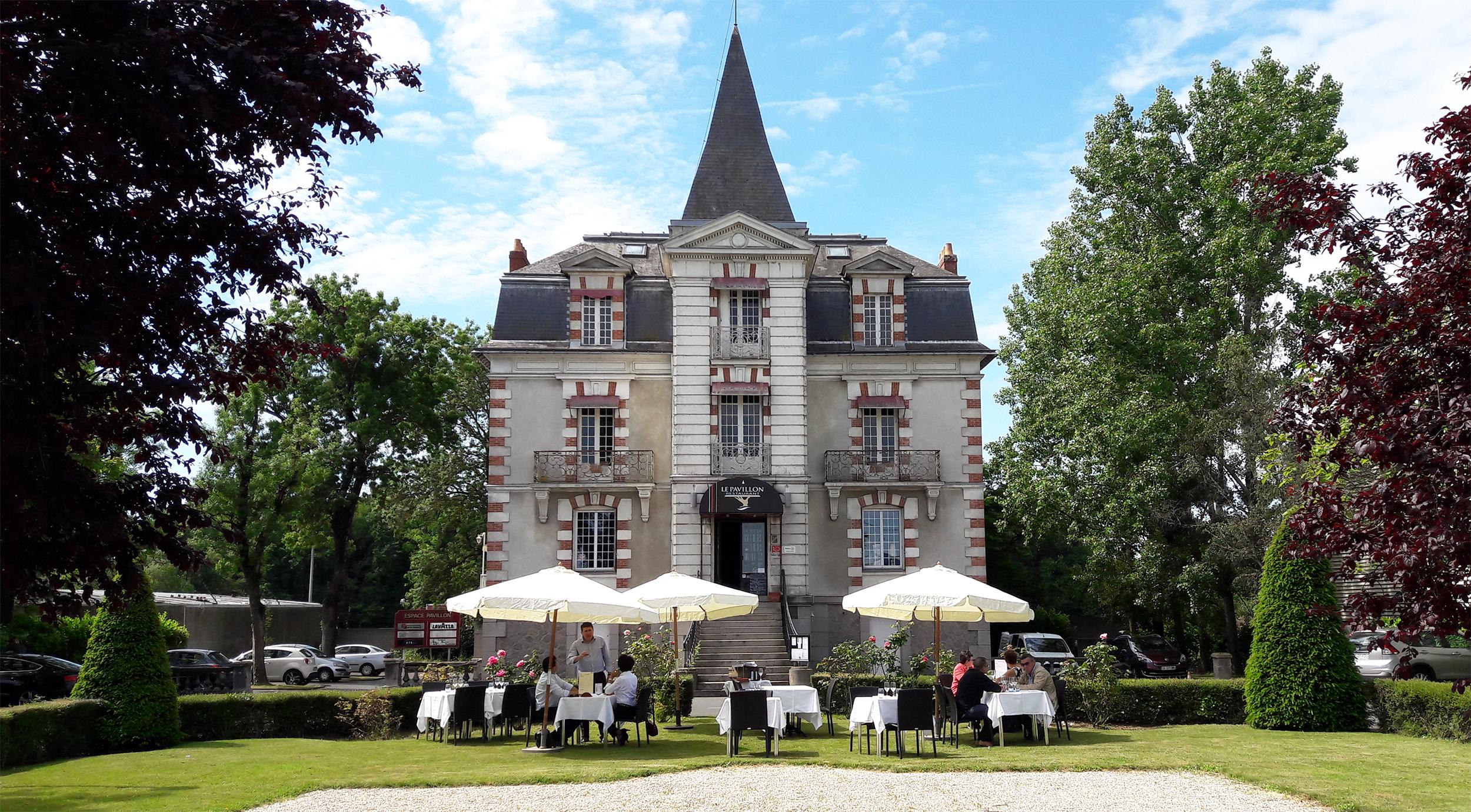 Restaurant traditionnel Le Pavillon à Saint Herblain ouvert du lundi au samedi